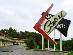 Capri_motel_sign2