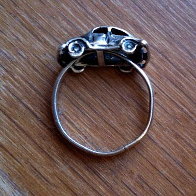 car-ring2
